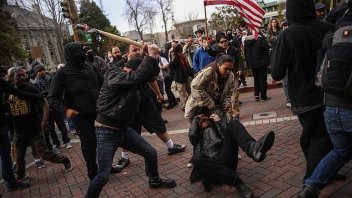 angry mobs berkeley-rally